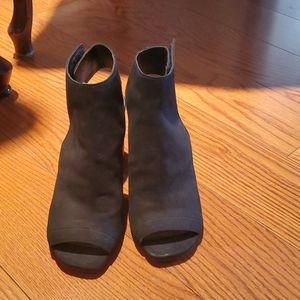 Steve Madden block hell boots